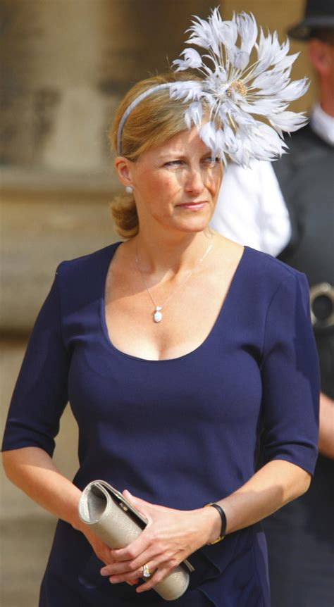 sophie countess of wessex fascinator hair accessories