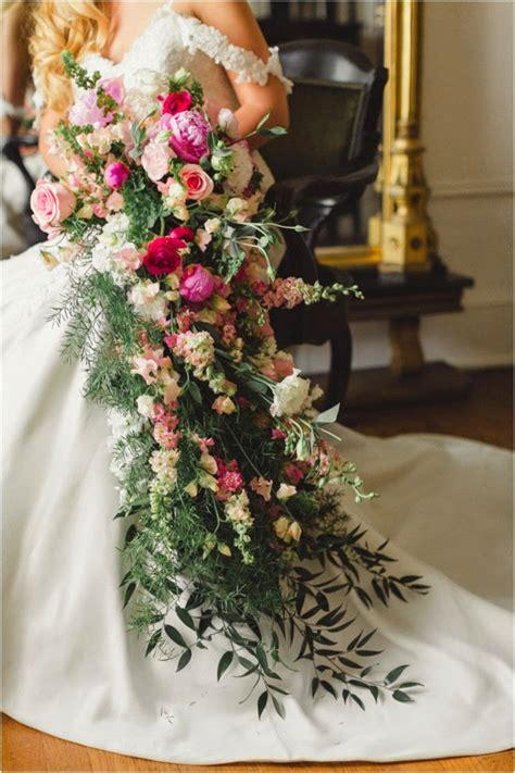 Big Wedding Bouquets by 12 Stunning Wedding Bouquets 30th Edition The