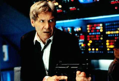 Harrison ford disses donald trump over air force one praise