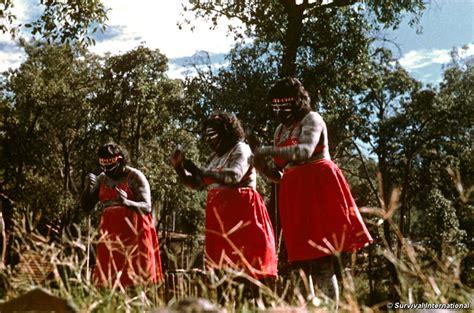 Brief Schweiz Australien Dauer Einen Brief Schreiben F 252 R Die Aborigines Survival International