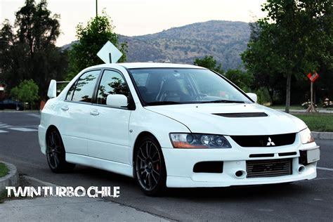 mitsubishi evolution 9 mitsubishi lancer evolution ix legendary car