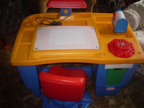 little tikes art desk little tikes art and chair images