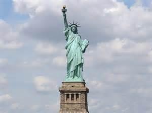 freiheitsstatue sockel freiheitsstatue co das sind die ber 252 hmtesten statuen