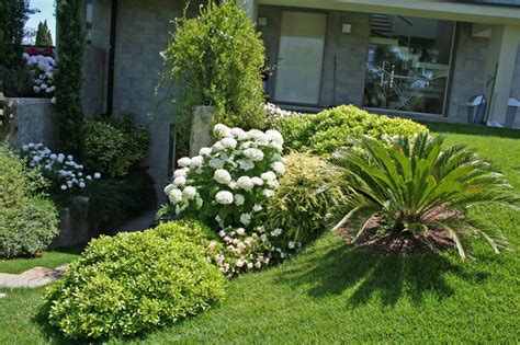 esempi di giardini esempi di illuminazione segnapasso in giardino tutto su
