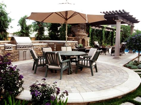 outdoor kitchen island grills pictures ideas from hgtv kitchen ideas design with cabinets pictures of outdoor kitchens gas grills cook centers