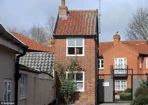 Small Home For Sale Uk 7ft Wide Home In Suffolk One Of Smallest Houses In Britain