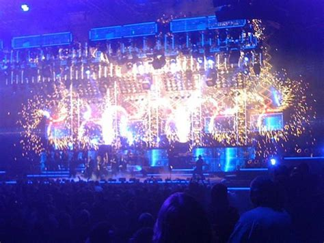 lights house trans siberian orchestra concert review trans siberian orchestra rocks lights up