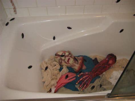 halloween bathroom decorating ideas 207 best halloween bathroom decor images on pinterest
