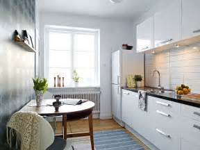 Kitchen Designs For Small Apartments by White Small Apartment Kitchen Interior Design Ideas