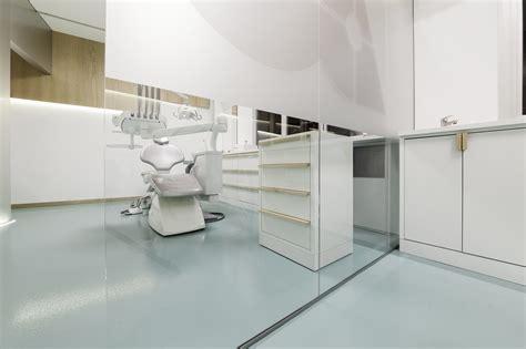 62 sqm small dental clinic design idea with trapezoid room