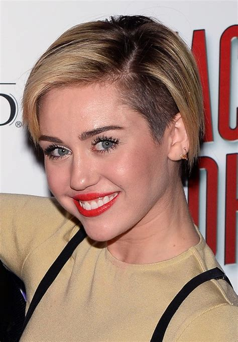 is jennifer lawrence hair cut above ears or just tucked behind miley cyrus hairstyles celebrity latest hairstyles 2016