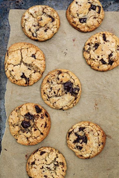 cookie cookbook a guide on basic cookie recipes and guidelines books basic great chocolate chip cookies recipe