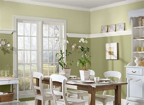 Warm Paint Colors For Dining Room by Warm Paint Color Ideas For Dining Room With Wainscoting