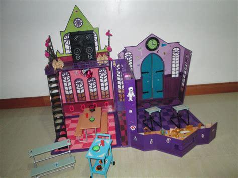 casa monster casa monster high grande como nueva con muchos accesorios