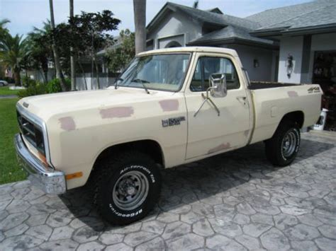 purchase used 1986 dodge w150 4x4 in fort lauderdale