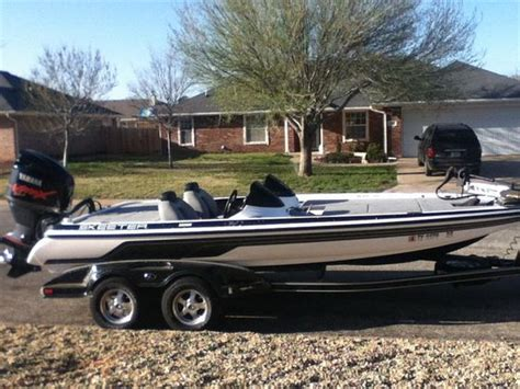 skeeter bass boat w 2009 skeeter 20i class with trailer boat for sale