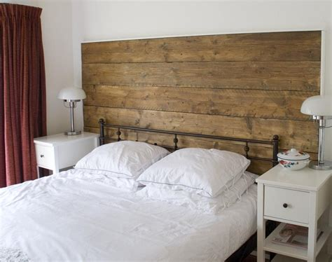 Wood Plank Headboard Headboard Out Of Repurposed Upcycled Wood