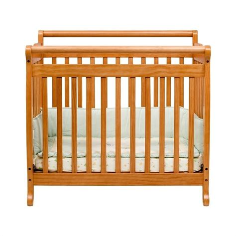 Emily Mini Crib Davinci Emily Mini 2 In 1 Convertible Wood Baby Crib In Honey Oak M4798o