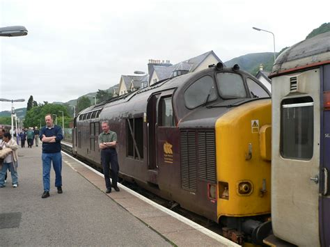 Fort William Sleeper by File Caledonian Sleeper At Fort William 2005 06 16 01 Jpg Wikimedia Commons