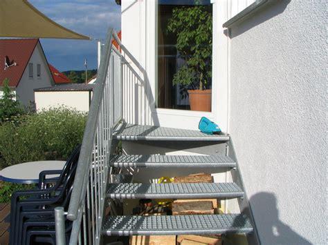 Außentreppe by Offizielle Website Treppen