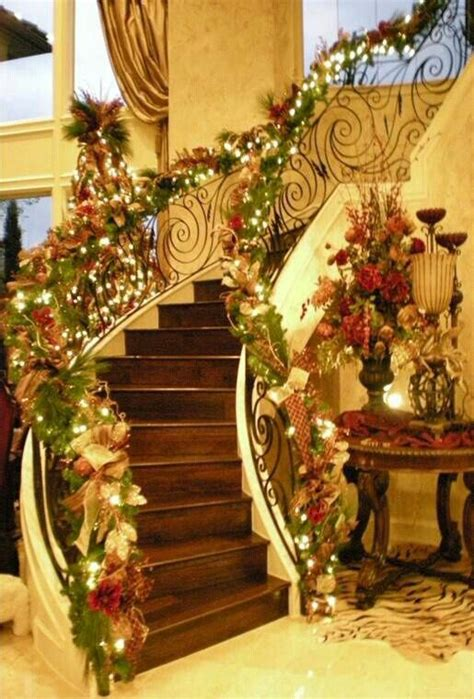 christmas stairs ღ party food holidays pinterest