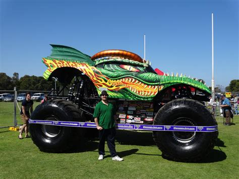 monster trucks jam 2014 monster jam adelaide 2014 dragon 03 by lizardman22 on