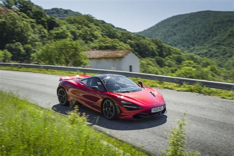 mclaren 720s mega gallery will leave you sweating 94 pics