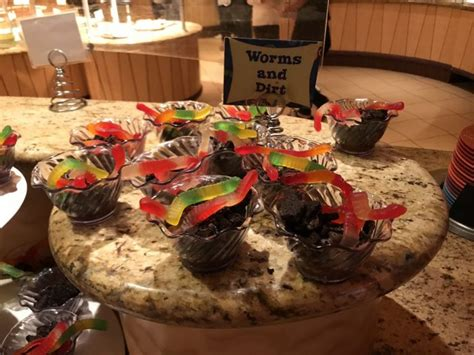 Goofys Kitchen Cost by Review Of Breakfast At Goofy S Kitchen In Disneyland Hotel