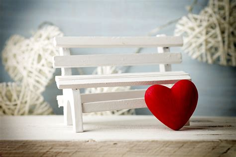 bench day images valentine s day heart bench