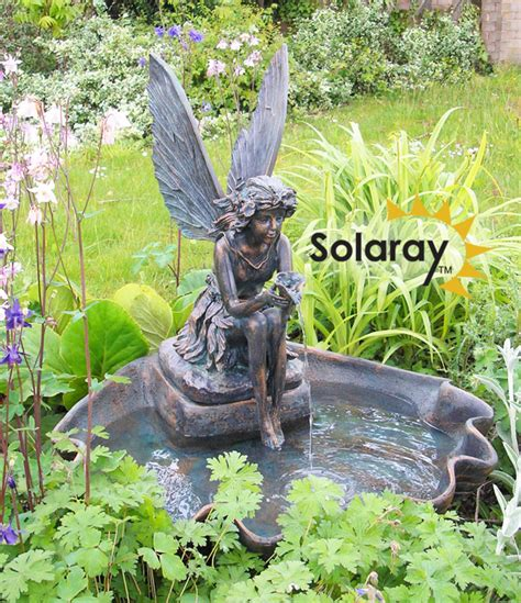cm solar powered fairy   clam shell water feature
