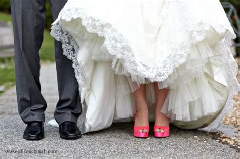 pictures of wedding shoes you need to take arabia weddings
