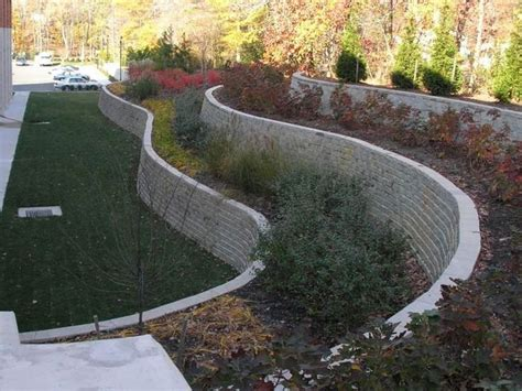 cheap garden wall cheap diy retaining wall design ideas http lovelybuilding diy retaining wall with small
