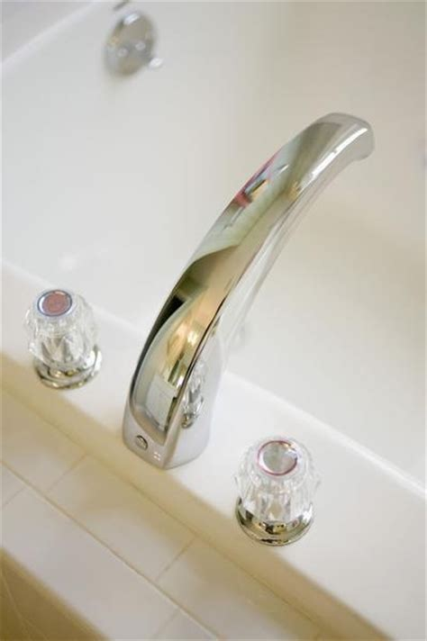 how to stop a dripping bathroom faucet 1000 ideas about bathtub faucets on pinterest tub