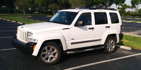 liberty jeep 2009 kebsteelersfan 2009 jeep liberty specs photos