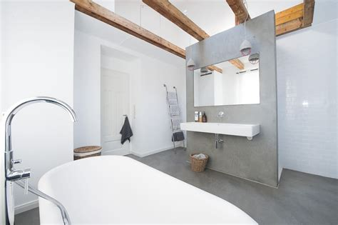 Badezimmer Keine Fliesen by Gussboden Badezimmer Elvenbride