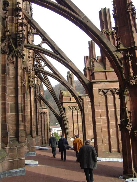 flying buttress file flying buttresses of the freiburg minster jpg