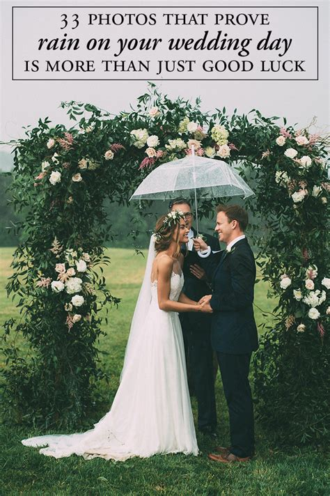 wedding hairstyles for rainy days 33 photos that prove on your wedding day can be more