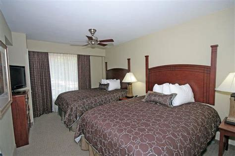 2 bedroom suites in columbia sc one bedroom suite with two queen beds at staybridge