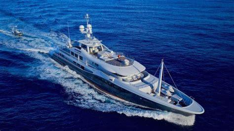 yacht gene machine superyachtnews crew superyacht gene machine