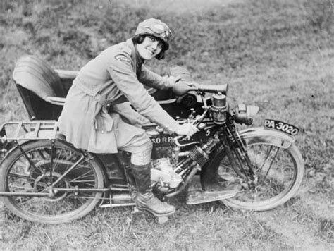 Englische Motorr Der Berlin by The Women S Royal Air Force Wraf During The First World