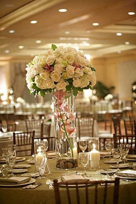 inexpensive diy tall wedding centerpiecewedwebtalks