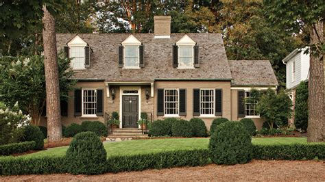 cape  style cottage charming home exteriors southern living