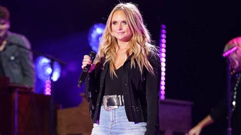 Miranda Lambert Records Message For Fan With Cancer