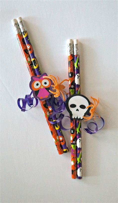 Giveaways For Kids - diy halloween pencil favors easy no candy halloween treats for kids honey lime