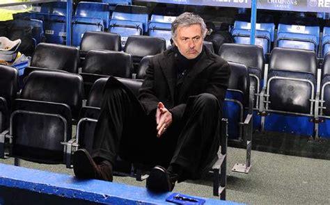 Kaos Johan Cruyff gaya melatih jose mourinho dikritik johan cruyff jual