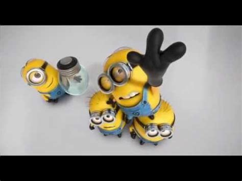 lights song birthday by minions with light bulb