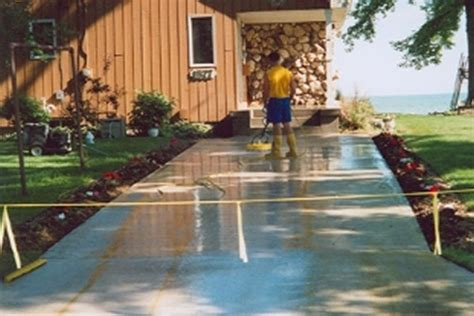 Spray Down Concrete Finishes Wisconsin Outagamie Cool