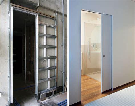 parete cartongesso con porta scorrevole sfruttare lo spazio con le porte a scomparsa cose di casa
