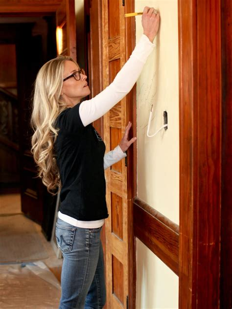 renovation addict go on location with rehab addict nicole curtis rehab