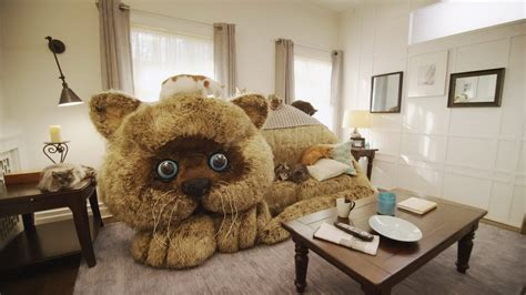 giant cat couch sof 225 gato